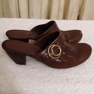 Bare Traps Tinah Leather Upper Clogs Sz 8.5